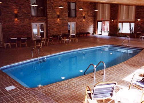 Large Classic Fiberglass Pool - Majestic