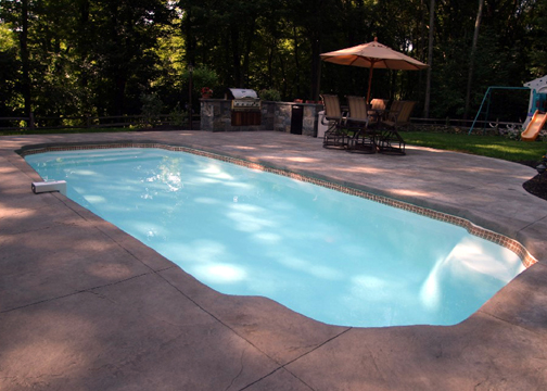 Medium Classic Fiberglass Pool - Hawaiian