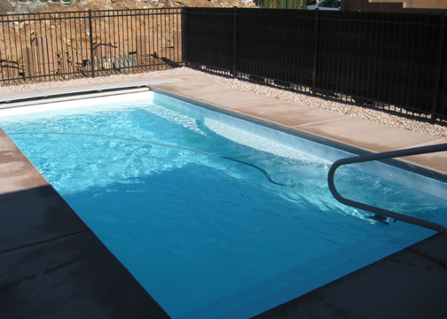 Medium Rectangle Fiberglass Pool - Wylela