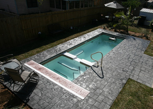 Small Combination Fiberglass Pool - Cyberlane